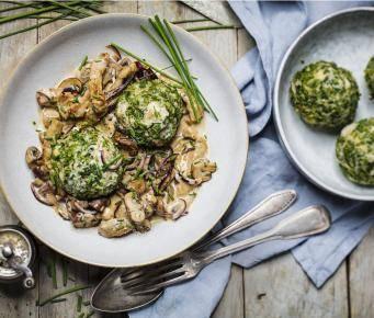 Grünkohlknödel mit Pilz-Geschnetzeltem