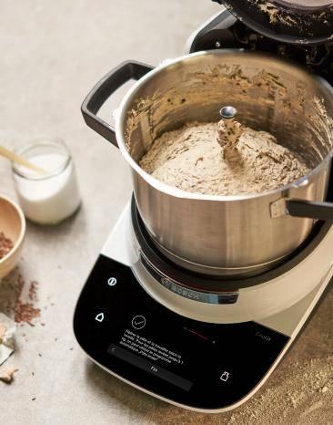 Teig wird im Cookit zubereitet